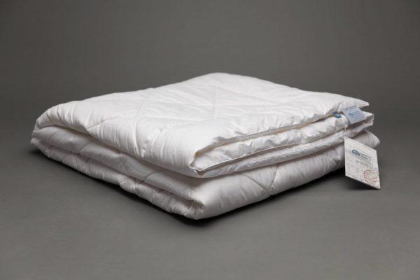 IMG 8733 min scaled 1 Одеяло стегное ANGORA FAMILIE WOOL