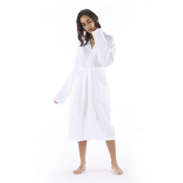 calamus bathrobe woman